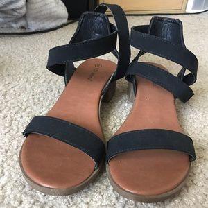 Black Buckle Sandals Top Moda
